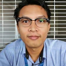 Mohd Norhasliy est l'hôte.