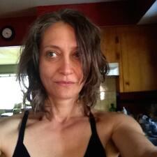 Amalie felhasználói profilja