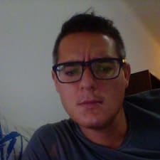 Fabrizio — хозяин.