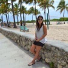 Pia Constanza felhasználói profilja