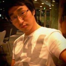 Sungwook คือเจ้าของที่พัก