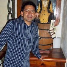 Profil Pengguna Carlos A.