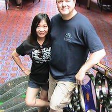 Josh (And Anne) Brukerprofil