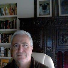 José Luis est l'hôte.