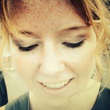 Anna Lee User Profile