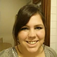 Profil korisnika Hayli