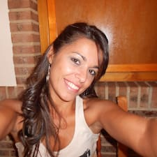 โพรไฟล์ผู้ใช้ Beatriz