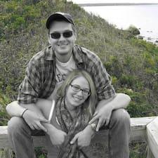 Danielle And Luke Brugerprofil