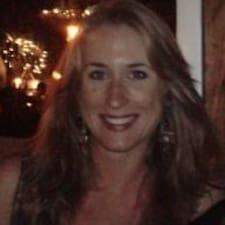 Caroline Ailsa的用戶個人資料
