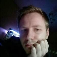 Krzysztof的用户个人资料
