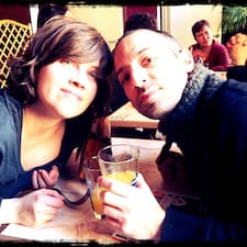 โพรไฟล์ผู้ใช้ Delphine & Daniele