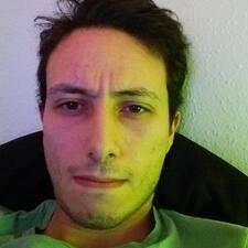 Perfil do utilizador de Adrien