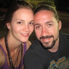Gaby & Dana