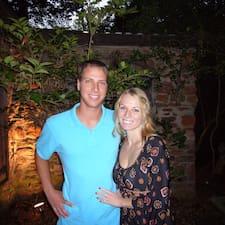 Alex And Brittany — хозяин.