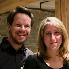 Elena & JM - Uživatelský profil