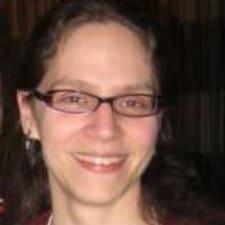 Rebecca felhasználói profilja