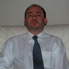 โพรไฟล์ผู้ใช้ Tarek