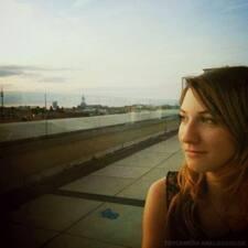 Caren Stella felhasználói profilja