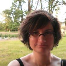 Profil Pengguna Marie-C