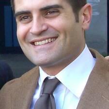 โพรไฟล์ผู้ใช้ Antonio