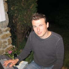 โพรไฟล์ผู้ใช้ Jean-Francois