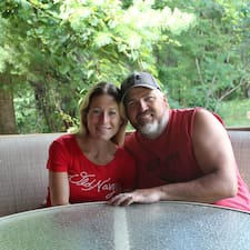 Andrew & Rachel — хозяин.