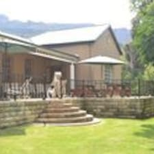 Vultures Lodge est l'hôte.