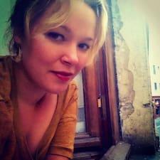 Erica Aisleen felhasználói profilja