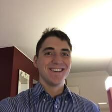 Profil korisnika Zachary