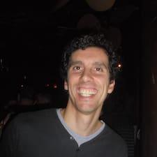 โพรไฟล์ผู้ใช้ João