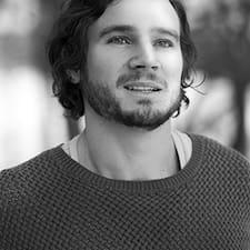 Julian Nazario User Profile