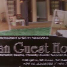 Sahan Guesthouse คือเจ้าของที่พัก