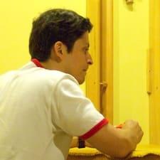 โพรไฟล์ผู้ใช้ Cristiano