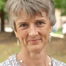 Lyndsey User Profile