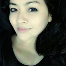 Lizz User Profile