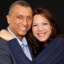 Maria And Michael felhasználói profilja