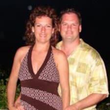Elizabeth & David