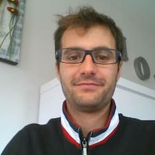 Axelle User Profile