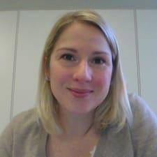 โพรไฟล์ผู้ใช้ Anne-Gaëlle