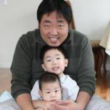 โพรไฟล์ผู้ใช้ Hyun