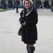 Françoise è l'host.