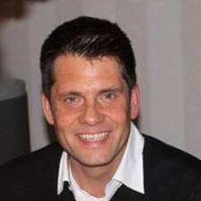 Lars Michael User Profile