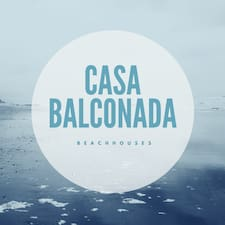 Casa Balconada Beach Houses is the host.