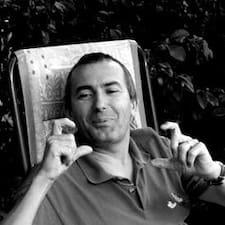 Profil Pengguna François-Xavier
