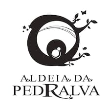 Aldeia Da Pedralva is the host.