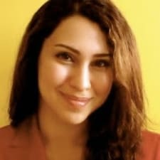 Salimeh ist der Gastgeber.