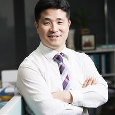 โพรไฟล์ผู้ใช้ Daniel Yong-Oh