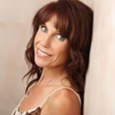 Joanne Lee User Profile