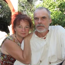 Roger & Birgit คือเจ้าของที่พัก