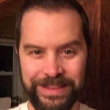Profil korisnika Christopher